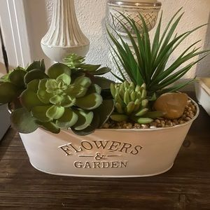 Home Goods Accents - Flowers & Garden White Tin Decor with Faux Plants